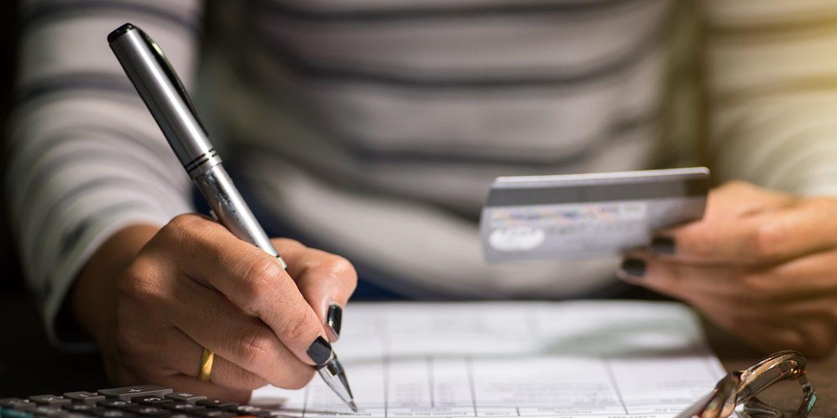 Wypowiedzenie umowy kredytu przez bank- kiedy może mieć miejsce, co robić?