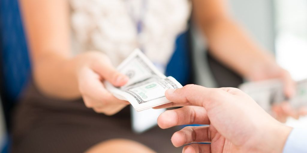 Zalety pożyczek społecznościowych- dlaczego opłaca się poświęcić im czas?