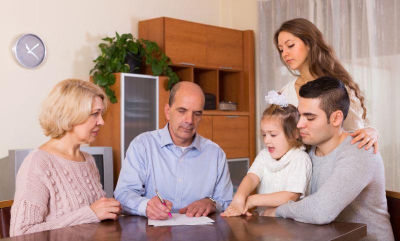 Ile kosztują pożyczki z obsługą domową?