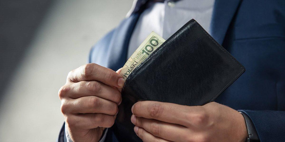 Czy kredyt jest jedyną rozsądną opcją przy pożyczaniu pieniędzy?